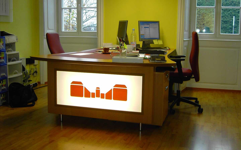 Schreibtisch vom Schreiner
